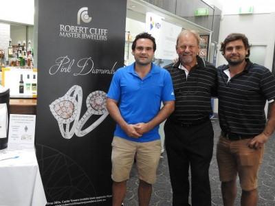 Sydney Diamond Specialists Taking the Green
